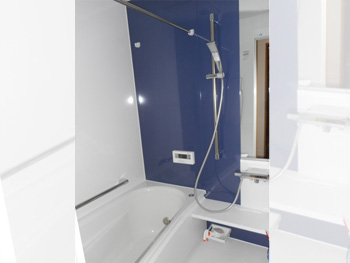 新しくなった浴室TOTOサザナを採用。