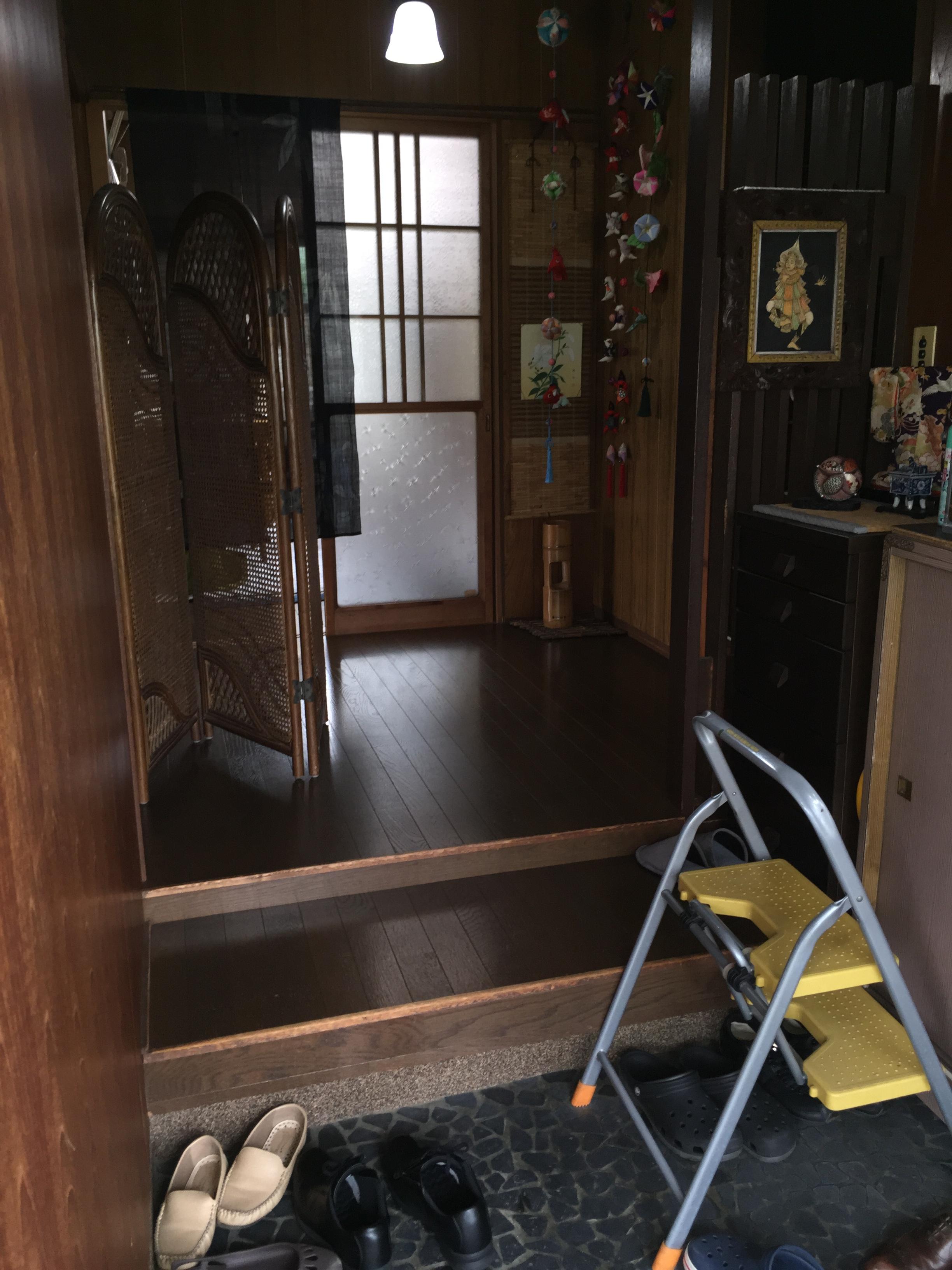 工事前の玄関